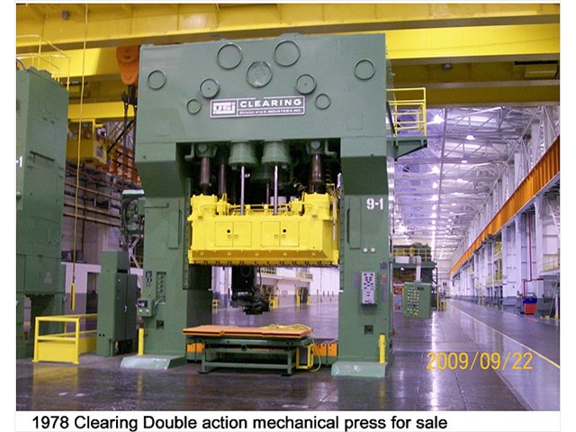 1200 ton Clearing Top Drive Double Action Press Model: CLEARING D4-1200-700-144-84